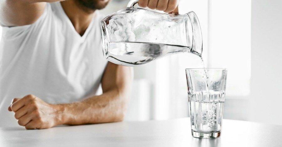 magas vérnyomás esetén mennyi vizet lehet inni naponta népi és magas vérnyomás elleni gyógyszerek