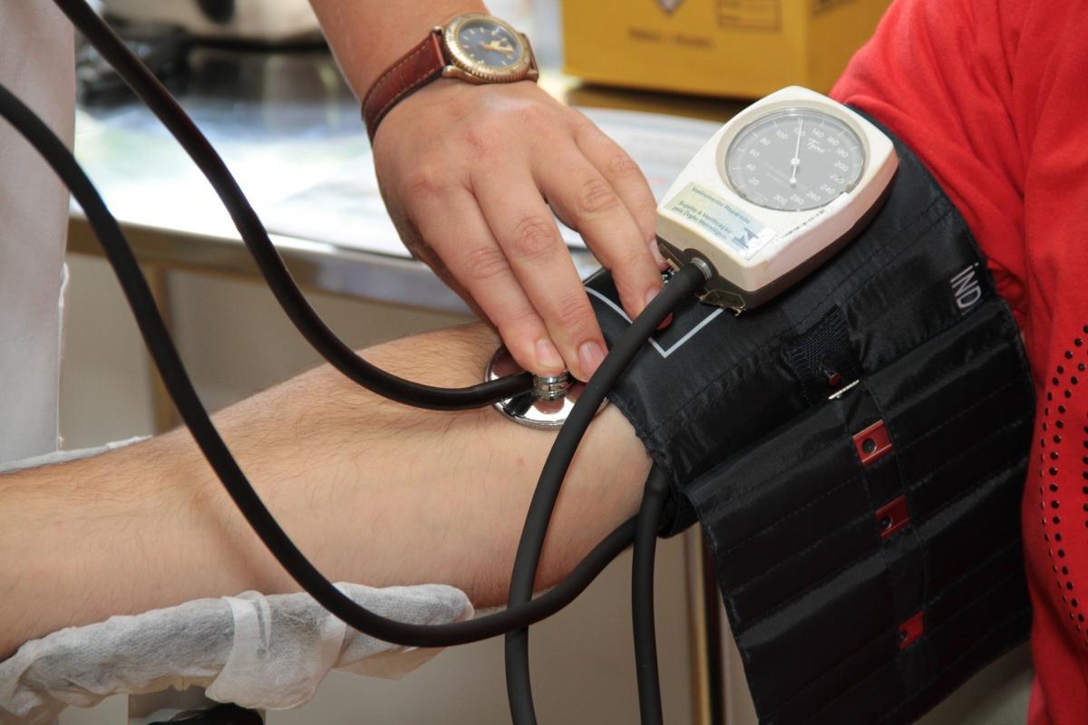 gyakorolja az osteochondrosist és a magas vérnyomást