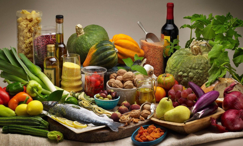 magas vérnyomás diéta képek vitaminok magas vérnyomásban szenvedő férfiak számára