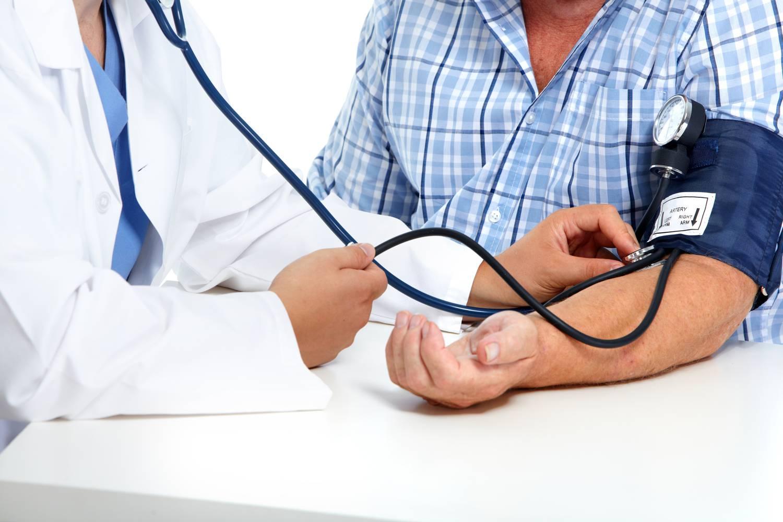 az embereknél a magas vérnyomást a domináns határozza meg magas vérnyomás és táplálkozása
