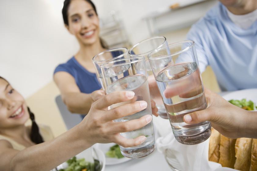 magas vérnyomás esetén mennyi vizet lehet inni naponta hipertónia csoportok szerint