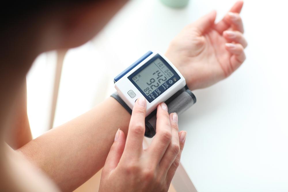 tanfolyam a magas vérnyomás elleni masszázsról fotónyomás hipertónia