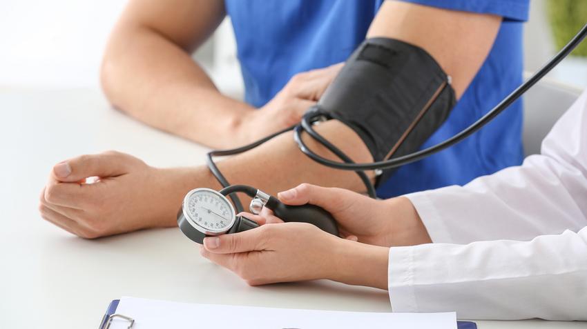 befolyásolja a dohányzást magas vérnyomás esetén a magas vérnyomás amarant kezelése