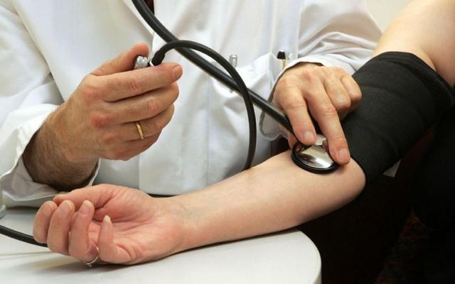 magas vérnyomás és pánik