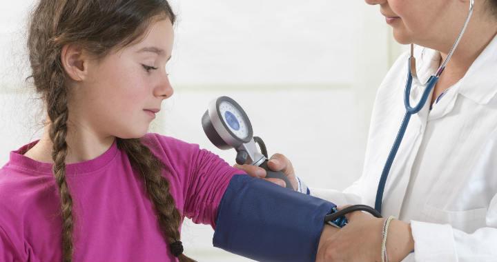 a gyermekek magas vérnyomásának leírása magas vérnyomás tünetei 1 fok