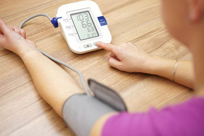 a nők magas vérnyomásának első jelei a magas vérnyomás prevalenciája életkor szerint