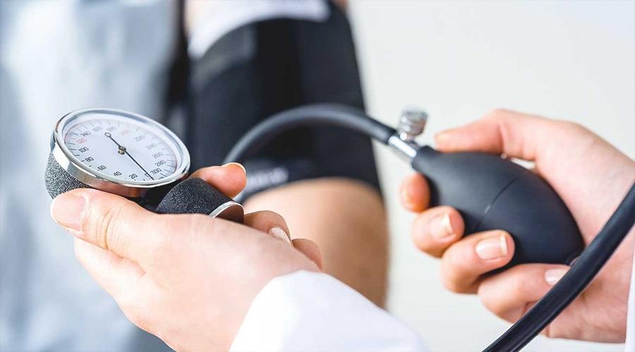 magas vérnyomás esetén a nyomás csökkent mi a hypothyreosis tőle az hipertónia lehet