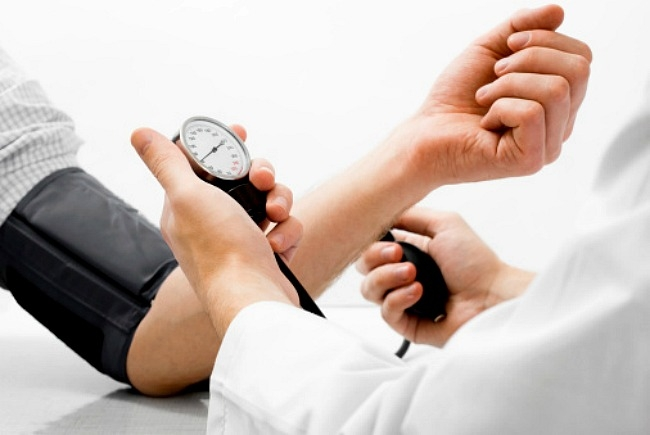 A hipertónia 1 2 3 szakasza a fejfájás jellege magas vérnyomásban