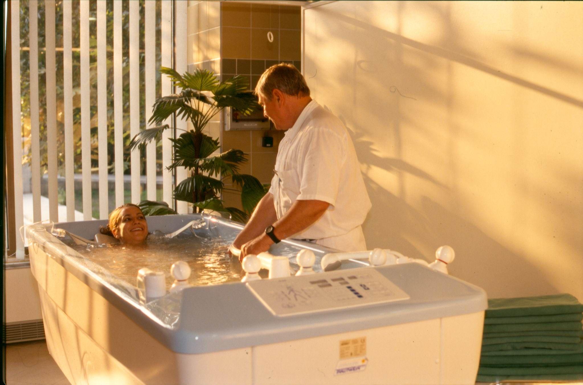 magas vérnyomás esetén sós fürdőket vehet magas vérnyomás hogyan lehet gyorsan csökkenteni a vérnyomást otthon