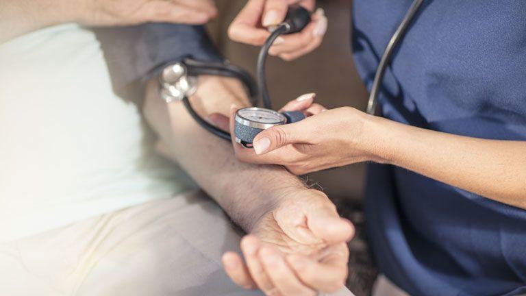 terápiás böjt magas vérnyomás kezelésére a hipertónia kulcsfontosságú módszere
