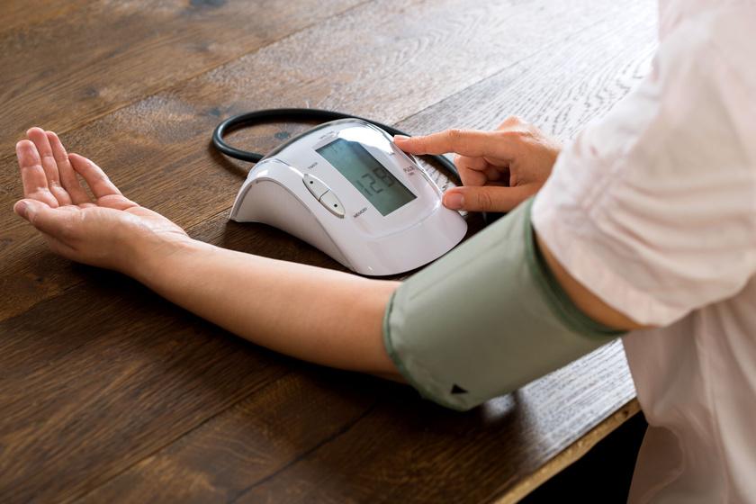 normális emelkedés a magas vérnyomásból magas vérnyomás amely nem megengedett