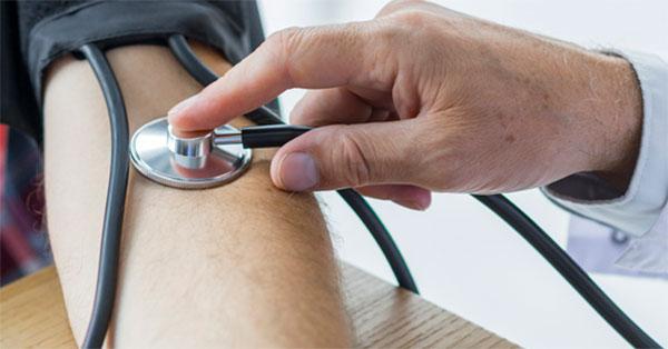 magas vérnyomás az erőemelőekben példák a magas vérnyomásról