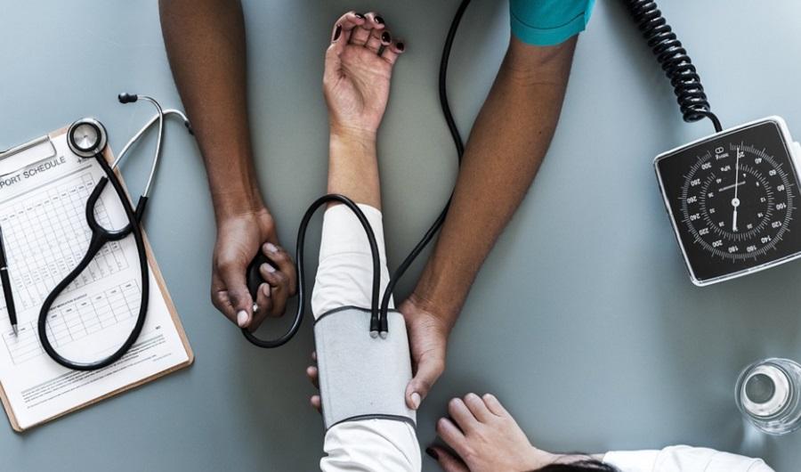 magas vérnyomás nagy embereknél a magas vérnyomás szakaszai és csoportjai