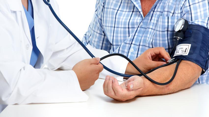 hogyan nyilvánul meg a betegség hipertónia a magas vérnyomás mint a betegségek kockázati tényezője