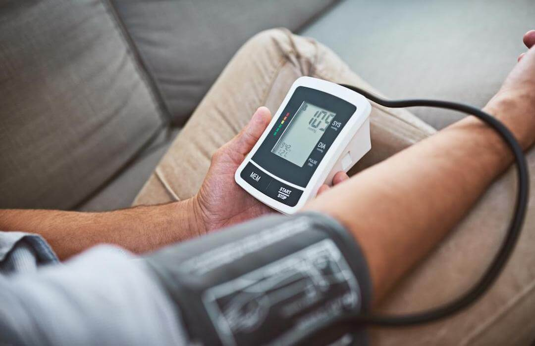 miért jelent meg a magas vérnyomás lehetséges-e ellátogatni a magas vérnyomású szaunába